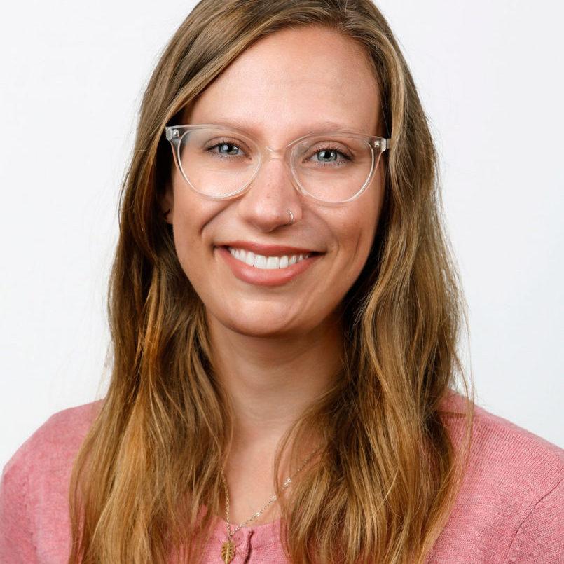 Élizabeth-Rioux-Translator