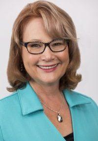 Julie Patton, Paradigmmedia